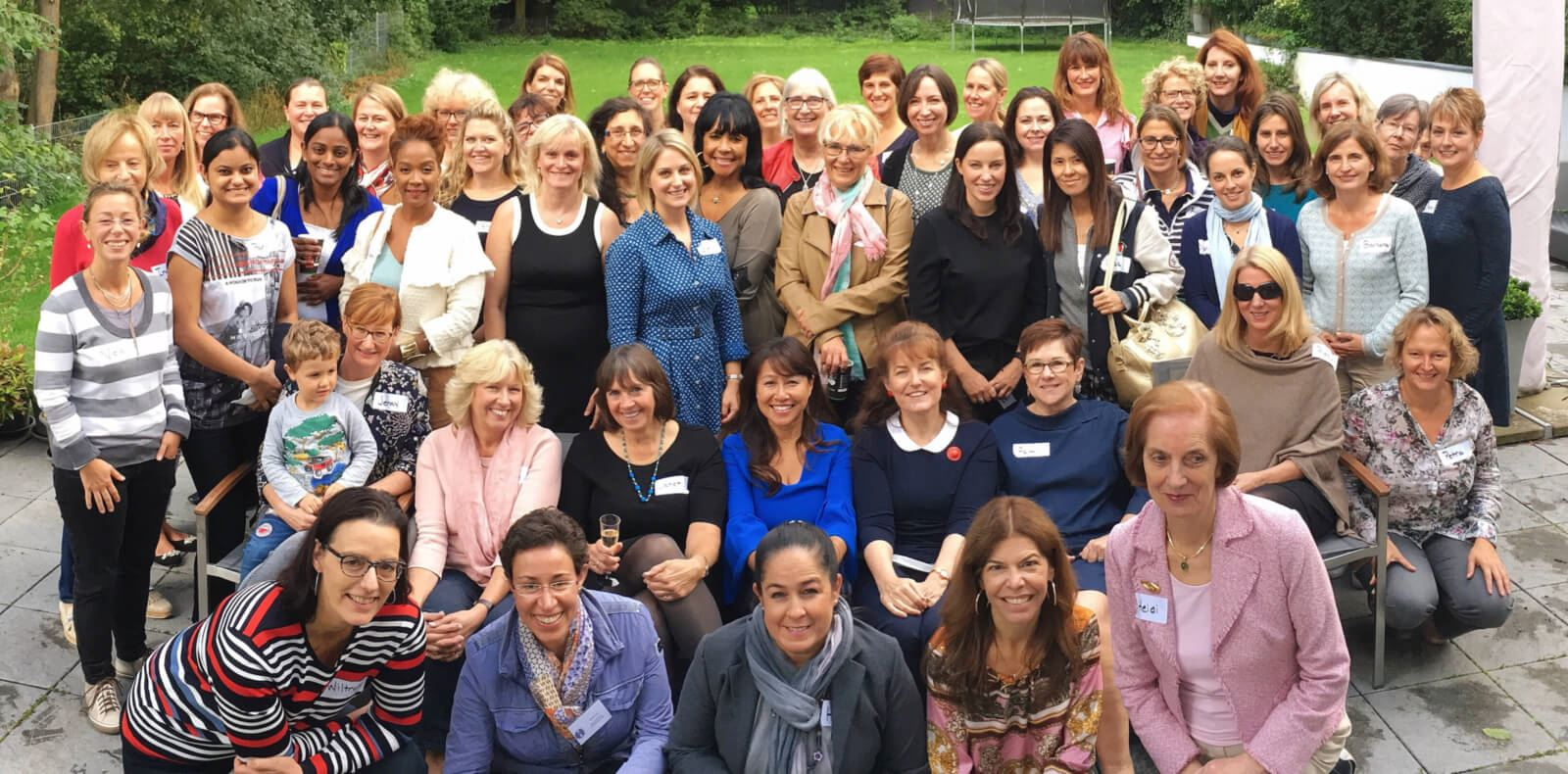 American International Women's Club of Cologne Members